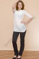 Прекрасная белая трикотажная рубашка-туника