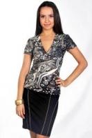 Серая блуза с оригинальным орнаментом от D&S