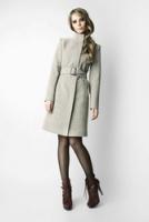 Изысканное светло-серое пальто от Kate Frankfurt
