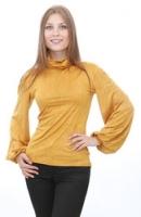 Блуза с широкими рукавами.
