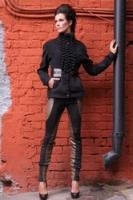 Жакет-пальто с оборками вдоль застежки