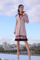Пальто пепельно-розовое с отложным воротничком